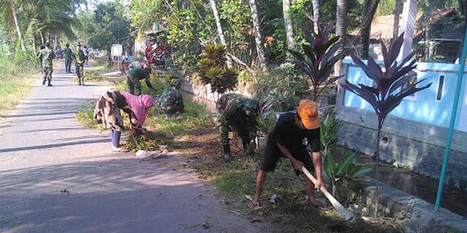 Warga Jimbung Bersama Kodim Klaten Bersihkan Jalan TMMD Reg 105