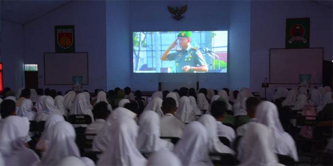 """Danrem 071/Wijayakusuma Ajak Pelajar dan Masyarakat Nobar Gala Premiere """"Melati"""""""