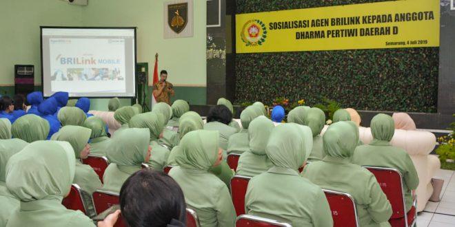 Ny. Septi M. Effendi : Perempuan Modern Harus Bekali Diri Dengan Ilmu Pengetahuan