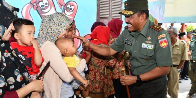 BKKBN dan Kodam IV Canangkan TNI Manunggal KB Kes Provinsi Jawa Tengah