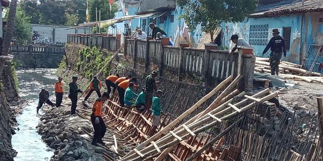 Mengejar Target, Tak Ada Libur Bagi Satgas TMMD Surakarta