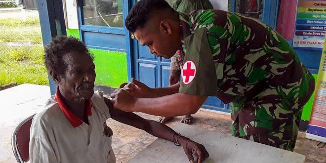 Pengobatan Gratis Satgas Yonif 406/CK di Wilayah Perbatasan RI – PNG