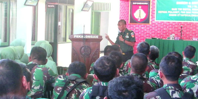Pembinaan Tim Bintal KodamIV/Diponegoro Pada Prajurit TNI di Pekalongan