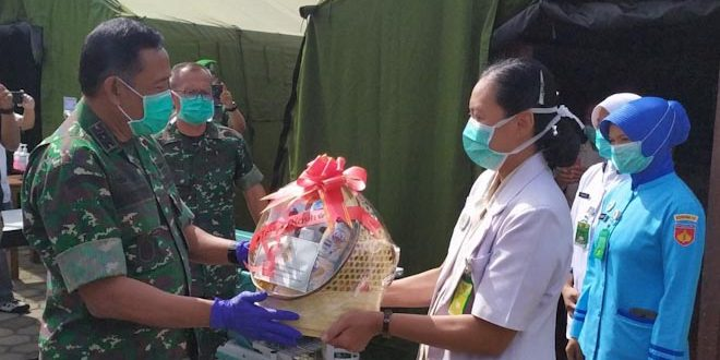 Pangdam IV Beri Suport Petugas Medis RST Magelang
