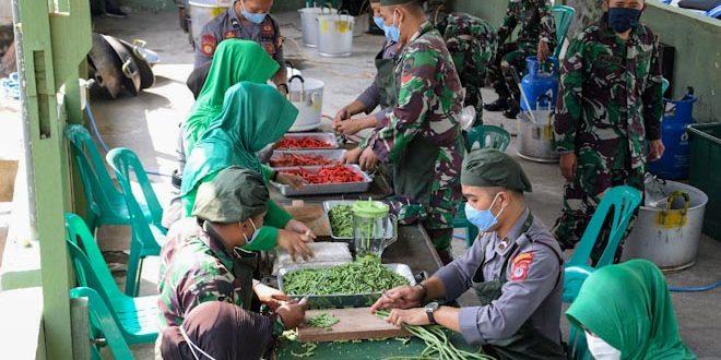 TNI-POLRI BERSATU BERGERAK BERSAMA PEDULI COVID-19. Kodim & Polres Yogya gelar Dapur Lapangan