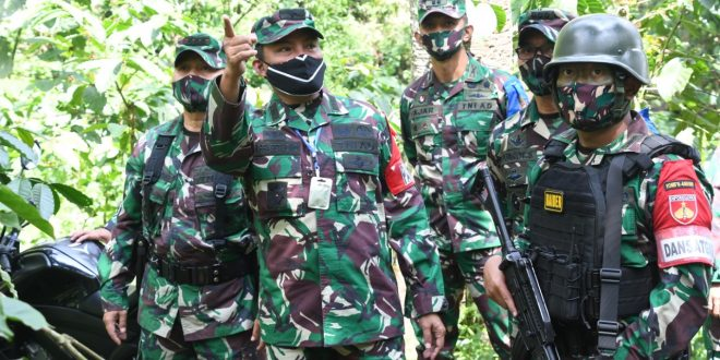 Kasdam IV/Diponegoro Cek Latihan Pratugas Yonif 400 Raider