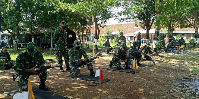 Tingkatkan Kemampuan Prajurit, Kodim Pekalongan Gelar Latihan Menembak