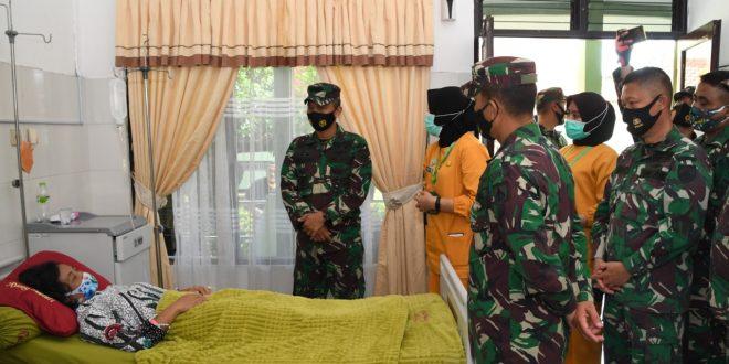 Bentuk Perhatian Prajurit Untuk Keluarga Besar TNI