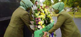 Tanamkan Nilai Kejuangan, Persit KCK Koorcab Rem 071 PD IV/Diponegoro Ziarah Makam Pahlawan