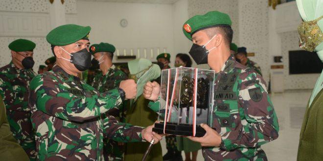 Pangdam IV/Diponegoro Pimpin Sertijab Pejabat Utama dan Kenaikan Pangkat Perwira Menengah