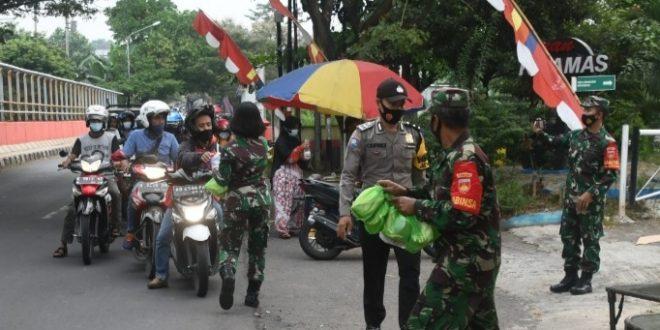Diponegoro Berbagi Berlanjut, Prokes dan Anjuran Tidak Mudik Dihimbau Terus