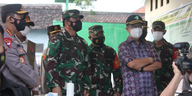 Panglima TNI dan Kapolri Kembali Kunjungi Kudus Tinjau Vaksinasi