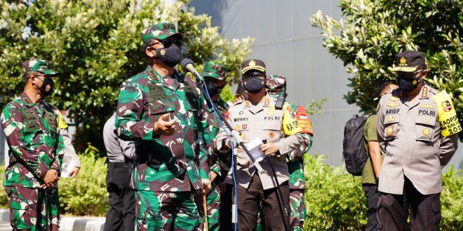 Pesan Panglima TNI Saat Tinjau Isoter dan Perawatan Khusus Orang Bergejala di Wilayah Surakarta