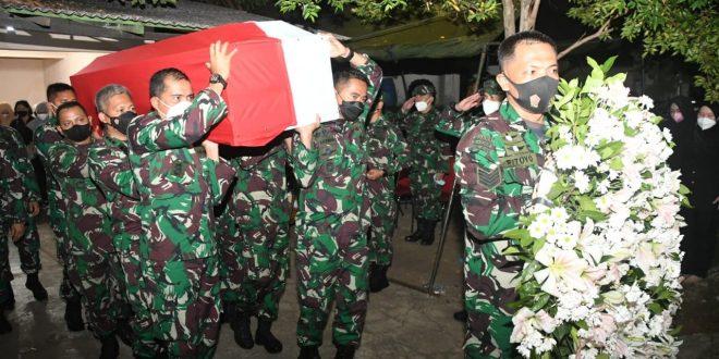 Pangdam IV/Diponegoro Melepas Jenazah Prajurit Terbaiknya