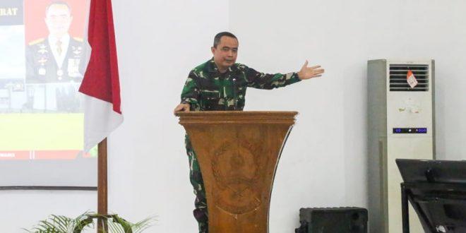 Danpusterad : Prajurit TNI AD Selalu Hadir Untuk Membantu Kesulitan Rakyat
