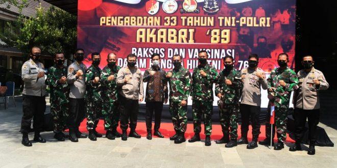 Pangdam IV/Diponegoro Hadiri Baksos Pengabdian 33 Tahun TNI-Polri Altar 89 Untuk Indonesia