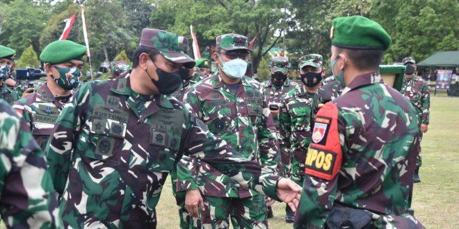 Kasdam IV/Diponegoro Dampingi Waasops Panglima TNI Periksa Kesiapan Operasi Satgas Pamtas RI-PNG Yonif 410/ALG