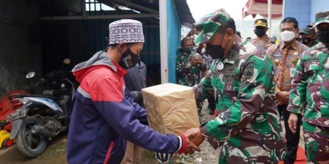 Kapoksahli Pangdam IV/Diponegoro Meninjau Lokasi TMMD Reguler Ke-112 Di Desa Gerlang