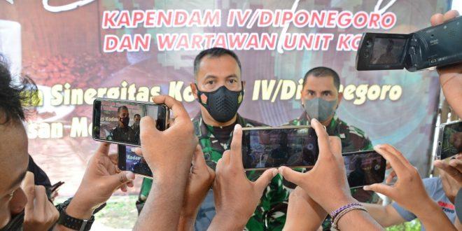 Ngopi Bareng Wartawan Unit Kodam IV/Diponegoro Begini Pesan Kapendam Kol Inf Enjang